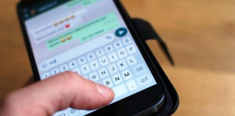 sspiare messaggi whatsapp