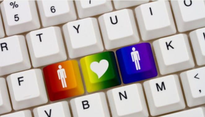 Annunci gay: Come funzionano le bacheche